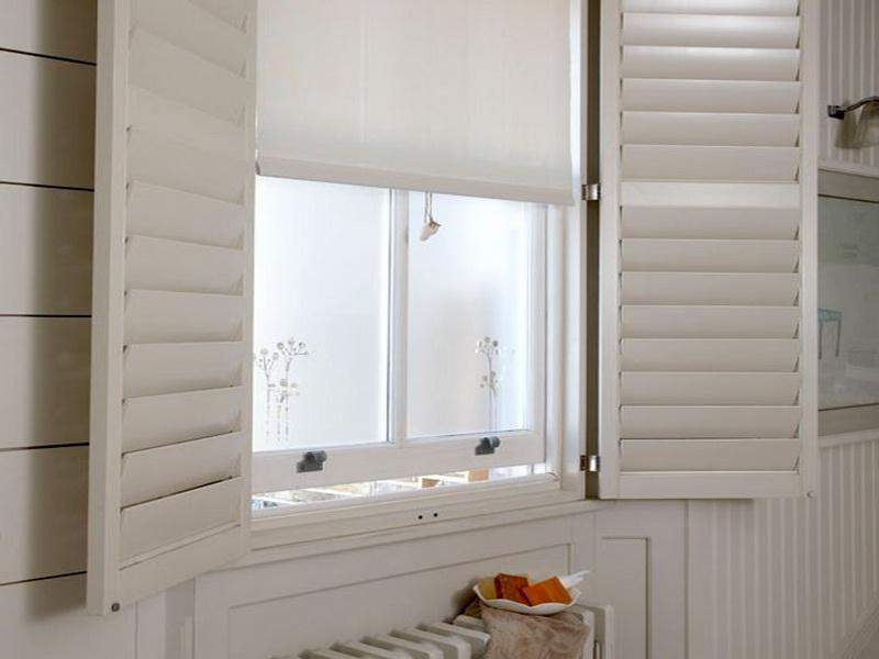 Bathroom window treatment for Bathroom window treatments privacy